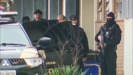 Eduardo Cunha deixa presídio no Paraná para ser transferido para o Rio de Janeiro