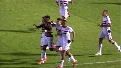 Melhores momentos de Botafogo-SP 2 x 1 Corinthians em amistoso de futebol