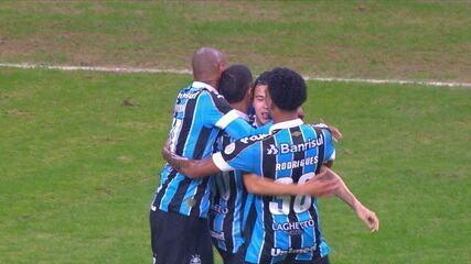 Os gols de Grêmio 2 x 1 Vasco pela 10ª rodada do Campeonato Brasileiro