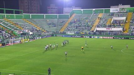 Melhores momentos: Chapecoense 1 x 2 Atlético-MG pela 10ª rodada do Campeonato Brasileiro