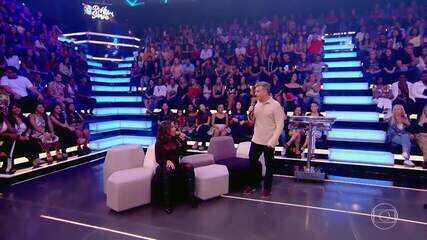 Anitta reclama de nunca ter participado do 'Visitando o Passado'