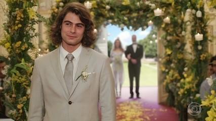 João e Manuzita se casam e Kika canta na cerimônia