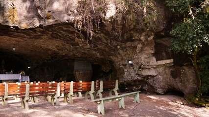 Conheça a gruta milagrosa de Bom Sucesso do Sul