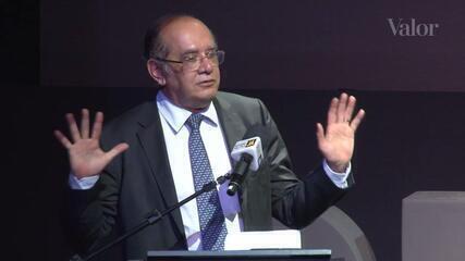 Gilmar Mendes defende limite a ações de magistrados em temas políticos