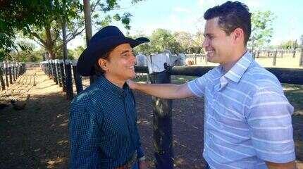 Pedro Leonardo conhece os bastidores de quem trabalha como peão de rodeio