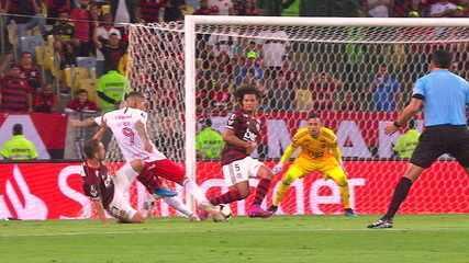 Melhores momentos de Flamengo 2 x 0 Internacional pela Libertadores 2019