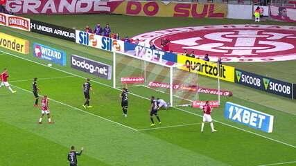 Melhores momentos de Internacional 3 x 2 Botafogo pela 17ª rodada do Campeonato Brasileiro