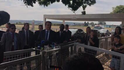 Bolsonaro disse que vai participar da reunião da ONU 'nem que seja de cadeira de rodas'