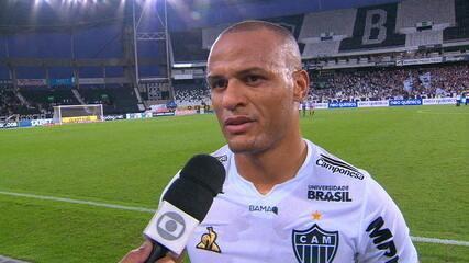 """Patric lamenta expulsão de Igor Rabello contra o Botafogo: """"Um a menos é bem difícil"""""""