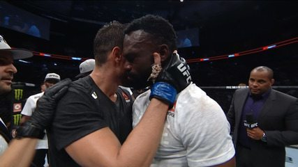 Melhores Momentos de Antônio Cara de Sapato x Uriah Hall no UFC Vancouver