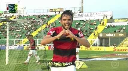Norberto marcou bonito gol de cabeça na vitória contra o Figueirense