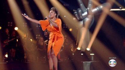 """Tamires Santana canta """"Faraó, Divindade do Egito"""""""