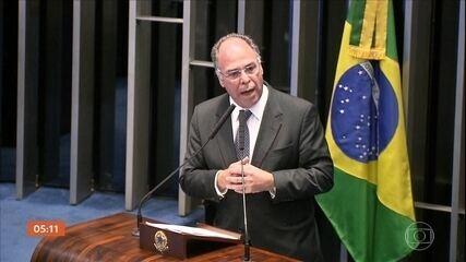 PF acredita que senador Fernando Bezerra está envolvido em esquema de lavagem de dinheiro