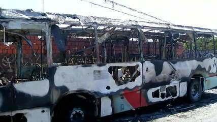 Ceará tem mais um dia de ataques a carros e ônibus
