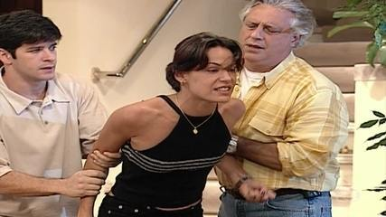 Branca revela a Milena que ela armou contra Nando
