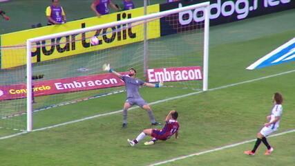 Melhores momentos de Fortaleza 2 x 1 Grêmio pela 27ª rodada do Campeonato Brasileiro