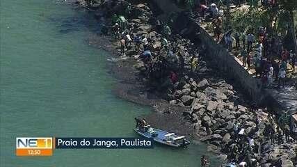 Óleo chega à Praia do Janga, no Litoral Norte de Pernambuco