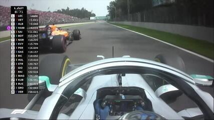 Bottas ultrapassa Sainz e chega à quinta posição