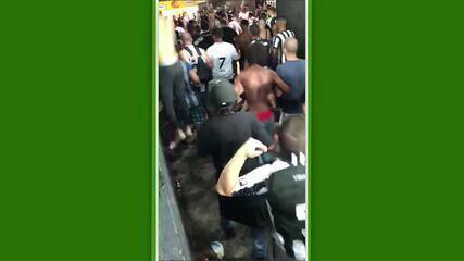 Imagens fortes: Torcedores do Botafogo agridem torcedor que também era alvinegro