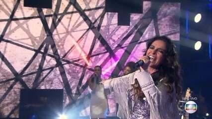 Claudia Ohana canta 'You and I'
