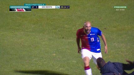 Gol do Paraná! Éder Sciola fica na cara de Henal, bate cruzado e vira o jogo na Vila