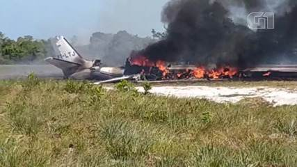 VÍDEO: avião de pequeno porte cai em no município de Maraú, sul do estado