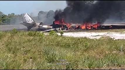 Um avião caiu ao tentar pousar em um resort na Bahia e 1 pessoa morreu
