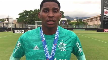 Goleiro do Flamengo Sub-20 relata que foi vítima de racismo na final do Carioca