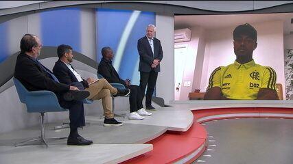 Ídolo do Flamengo, Adílio, conversa com Bruno Henrique sobre a final da Libertadores