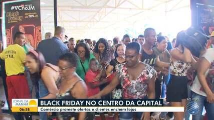 Black Friday: Promoções atraem multidão para shopping no centro da capital baiana