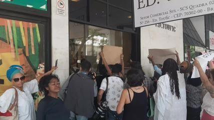 Manifestantes invadem prédio da Fundação Cultural Palmares, em Brasília