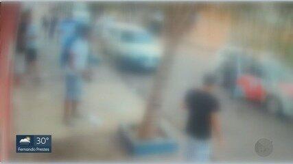 PM é recebida a pedradas por moradores em Guariba, SP