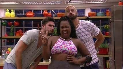 O prêmio de estar no Big Brother e ainda poder garantir R$ 1,5 milhão