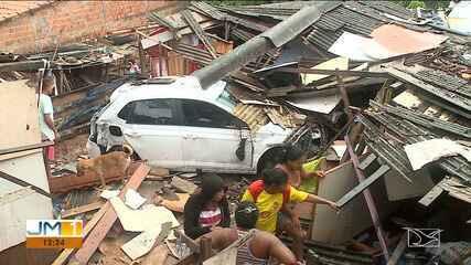 Veículo cai da ponte Bandeira Tribuzzi e atinge barracos em São Luís