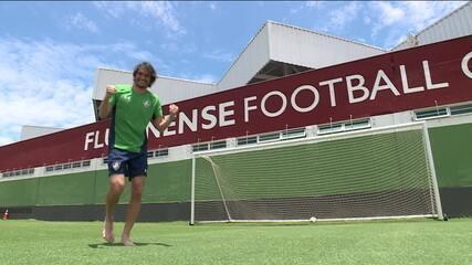 Após lesão grave, Matheus Ferraz volta para o time titular do Fluminense