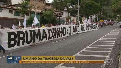Integrantes do Movimento dos Atingidos por Barragens protestam em Belo Horizonte
