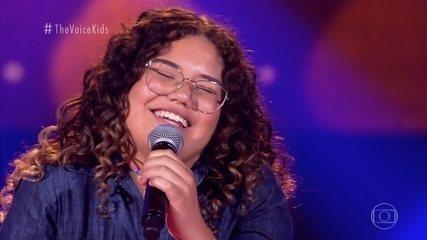 Maria Eduarda Ribeiro canta 'De Volta Pro Aconchego' nas Audições às Cegas