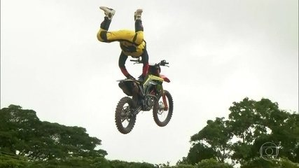 Melhores pilotos do motocross competem na modalidade estilo livre neste domingo (2)