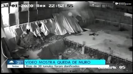 Vídeo mostra queda do muro de cemitério em Divinópolis