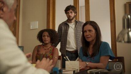 Camila, Danilo e Thelma iniciam o processo de inseminação artificial