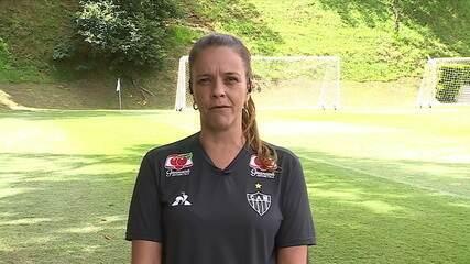 Nina de Abreu, coordenadora do futebol feminino do Atlético-MG, comenta episódio com mascote do clube