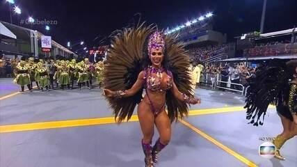 Renata Spallicci é a rainha de bateria da Barroca Zona Sul