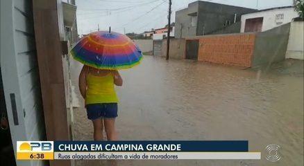 Fortes chuvas na Paraíba provocam destruição de galpão e queda de raios
