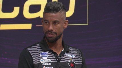 """Léo Moura acredita no Botafogo-PB contra o Fluminense: """"Temos time para sair com a classificação"""""""