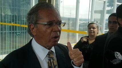 Ministro da Economia, Paulo Guedes, fala sobre disparada do preço do dólar