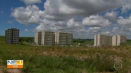 Moradores de condomínios em Suape reclamam de cheiro de gás da Refinaria Abreu e Lima