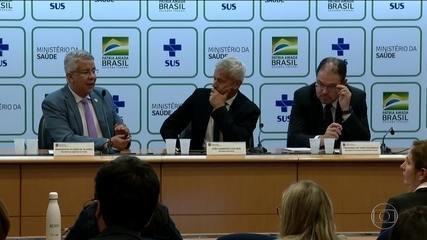 Número de casos do novo coronavírus no Brasil passa de cem
