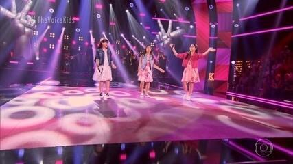 "Brenda Gonçalves, Loren Medeiros e Marilia Tavares cantam ""Flagra"""