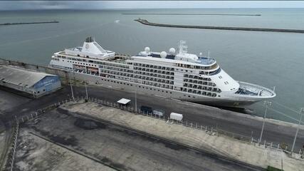 Navio segue retido no Recife após turista testar positivo para Covid-19
