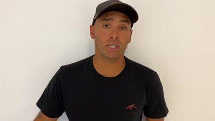 Surfista Jadson André faz quarentena voluntária em Natal